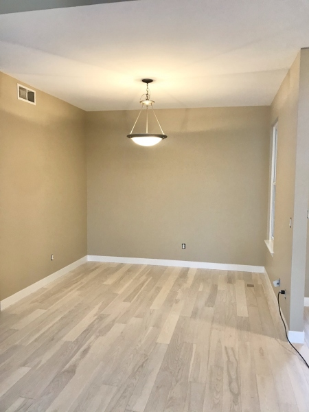 Dining room painted with Benjamin Moore
