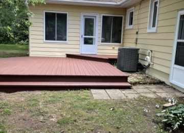 Ira-deck-and-house